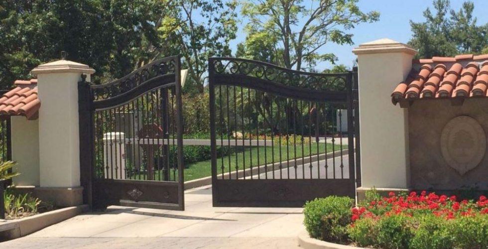 Standard metal gates.