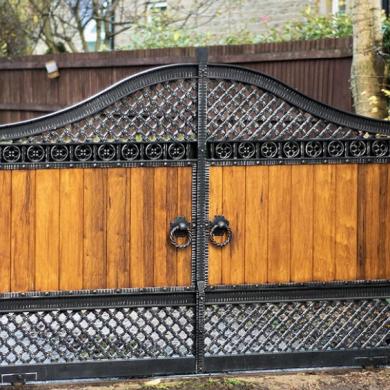 Metal wood gates
